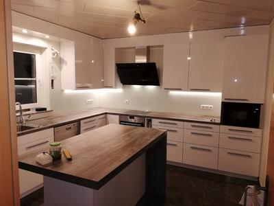 HG Küche mit Insel