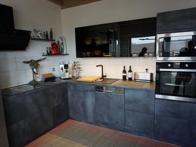 Schwarze L Küche